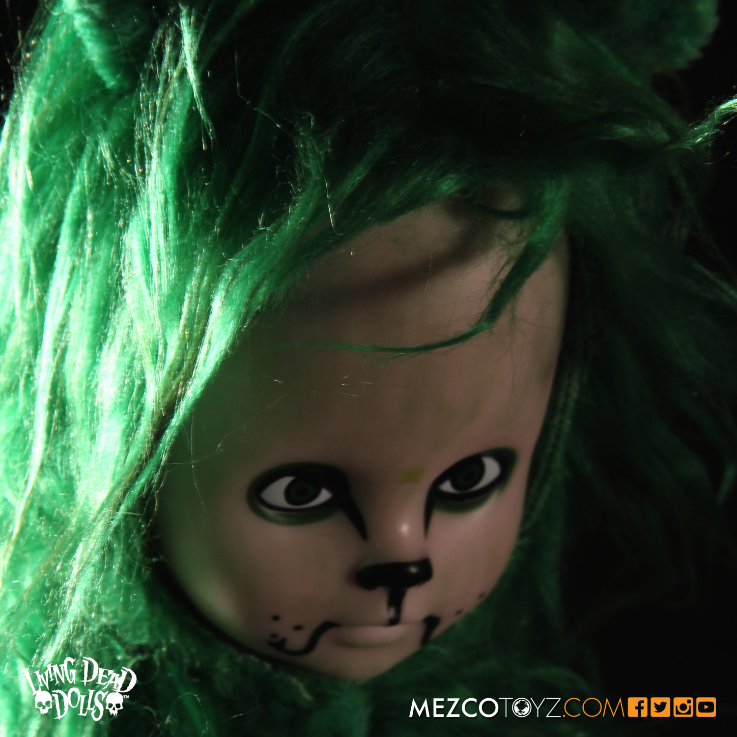 Living Dead Dolls Lost In Ox Emerald City Variants - Cowardly Lion