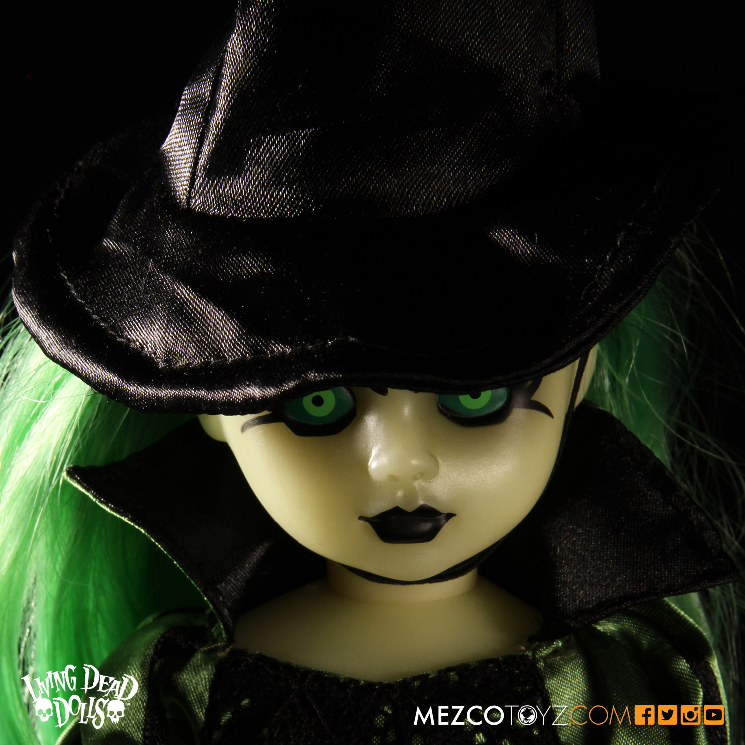 Living Dead Dolls Lost In Ox Emerald City Variants - Wicked Witch