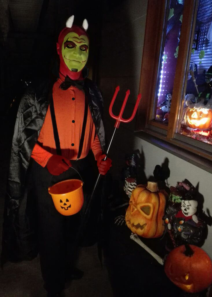 Living Dead Dolls Costume Contest Winners Announcement